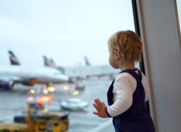 The Guide to Traveling With Your Toddler