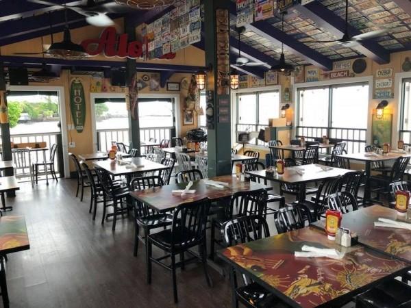 Best Restaurants on Maui Cheeseburger in Paradise