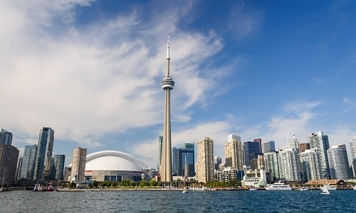 7 Most Popular Tourist Attractions In Canada