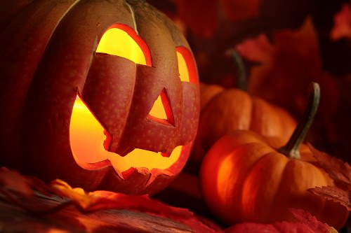 Best Cities and Towns to Celebrate Halloween