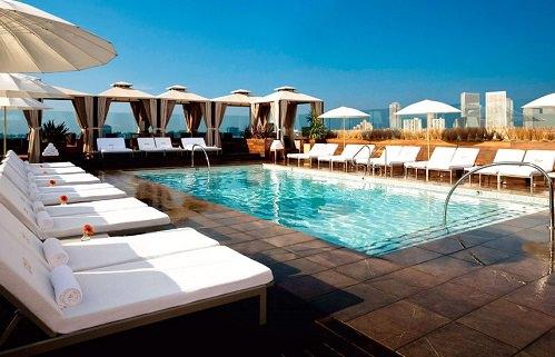 Rooftop Lounge Thompson Hotel Toronto Canada
