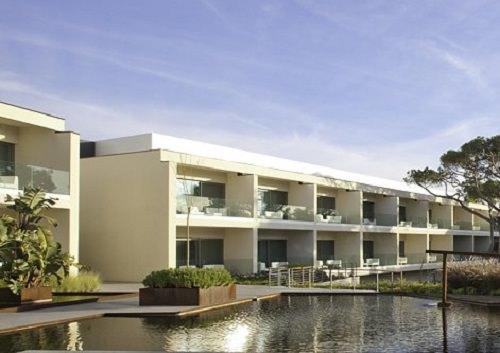 Onyria Marinha Edition Hotel