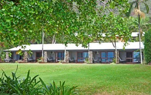 Turtle Cove Beach Resort Cairns