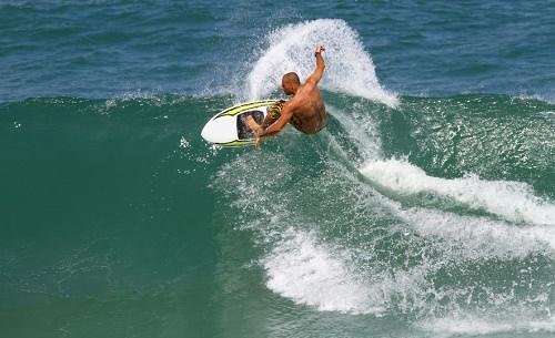 Surfing in Sultans Maldives