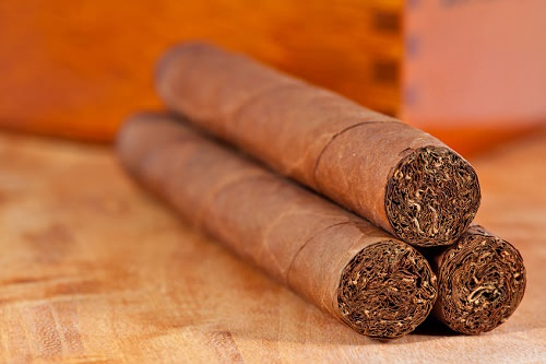 Try Cuban cigars at the Cigar Museum