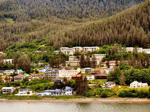 Top 5 Best Places to Live in Alaska