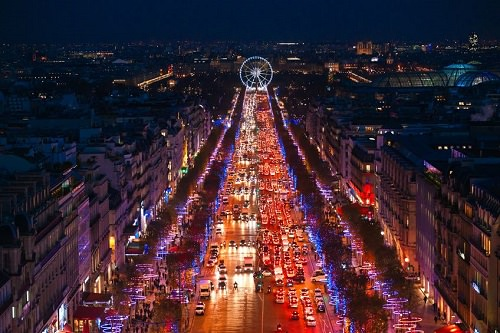 Admire the lights around the city of Paris