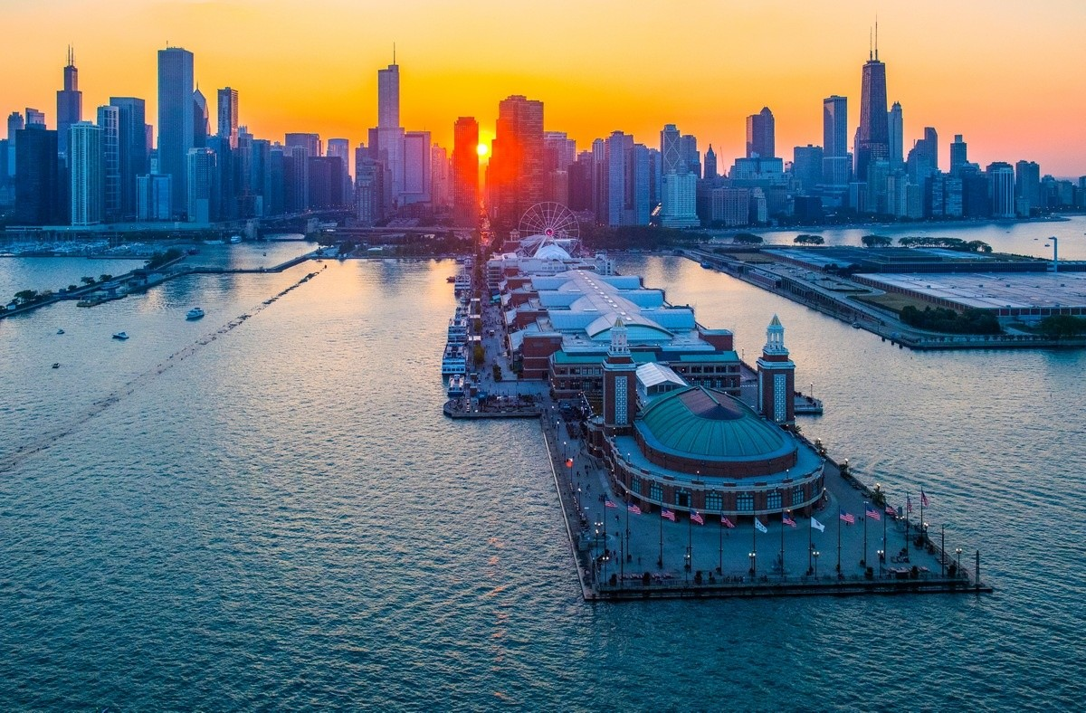 How to Explore Chicago for Free - Navy Pier